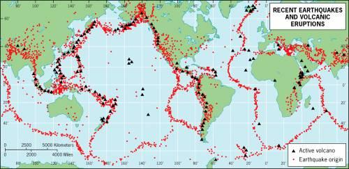 Карта вулканов и зон землетрясений мира.